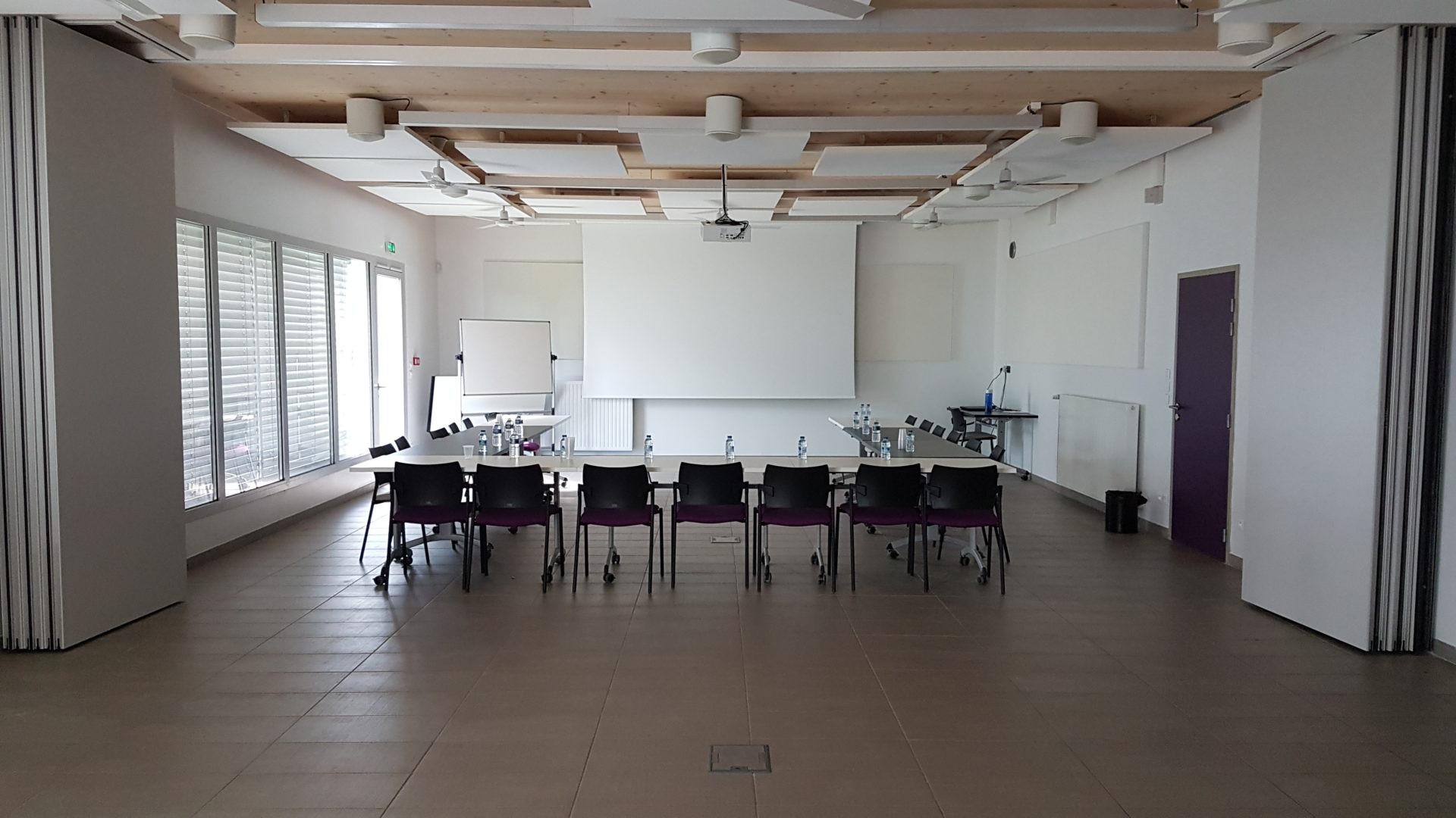 salle de réunion 90 personnes